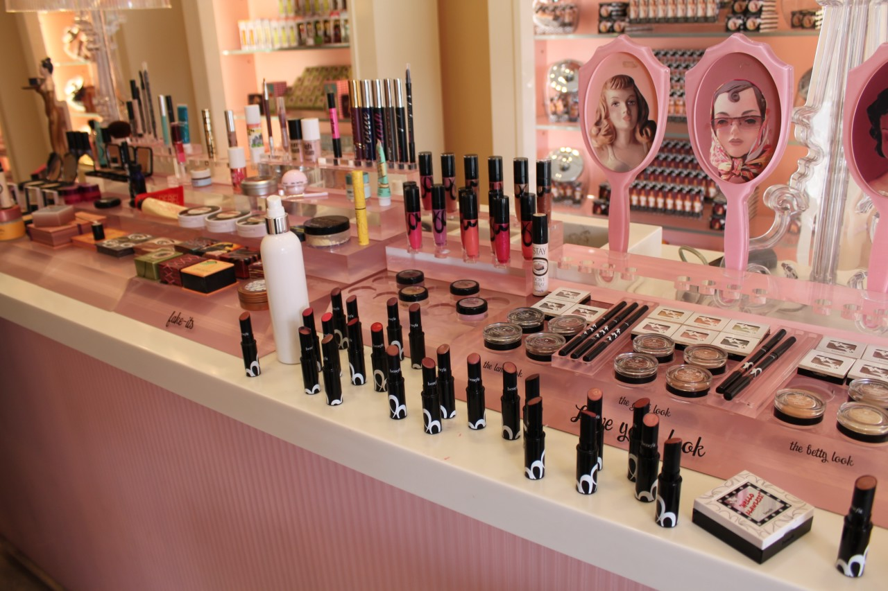 Benefit Paris